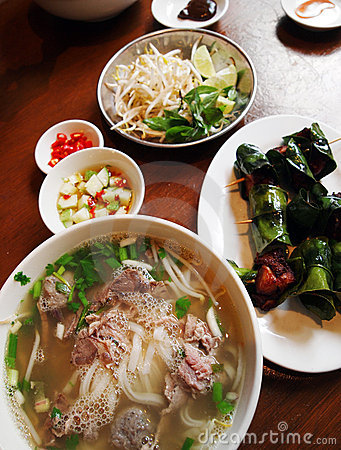 Free Vietnamese Street Food Dishes Royalty Free Stock Images - 14150809