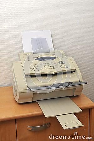 vieux fax dans le bureau photographie stock image 23931812. Black Bedroom Furniture Sets. Home Design Ideas