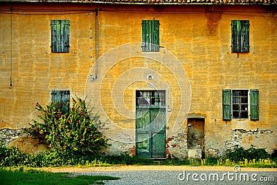 Vieux italien de maison images libres de droits image for Maison italienne architecture