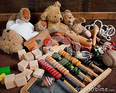 Photos libres de droits: Vieux jouets. Image: 11692178
