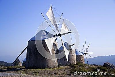 Vieux moulins à vent, Penacova, Portugal