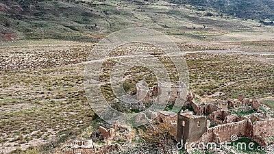 View of Foinikas, een verlaten dorp in het district Paphos op Cyprus stock videobeelden