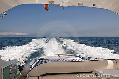 View form the stern of a Motorboat