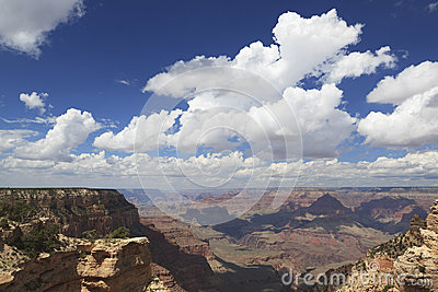 View of Grand Canyon from South Rim