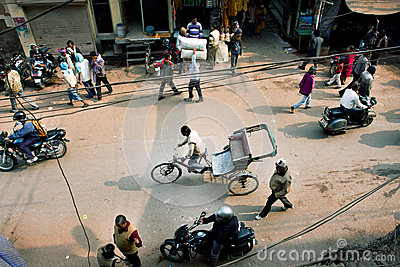 View from the height of the traffic and the people on Indian streets