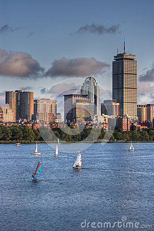 Free View Of The Boston Skyline From The Charles River Royalty Free Stock Photography - 31885417