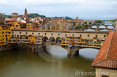 View of the Ponte Vecchio (the golden bridge), Flo