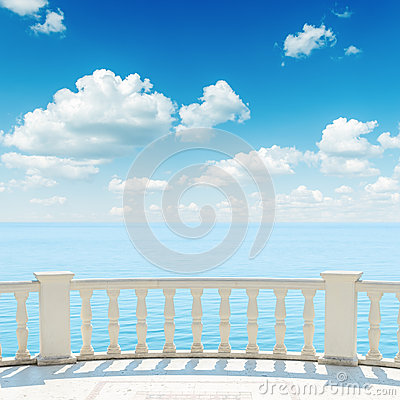 Free View To The Sea From A Balcony Stock Photography - 34500832