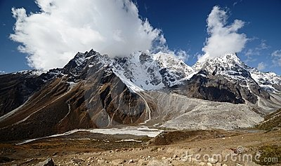 Views of the Everest ridge