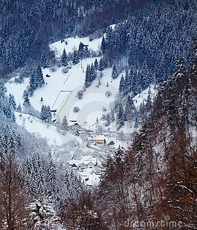 Village de Moeciu en hiver