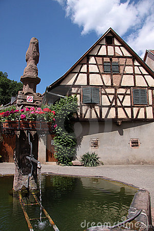 Free Village Fountain With With Half-timbered House Stock Photos - 10031253