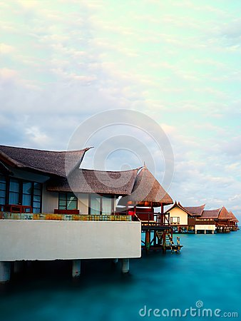 Free Villas On Water, Maldives Resort Royalty Free Stock Image - 103366736