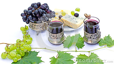 vin rouge fromage et raisins photo stock image 57111958. Black Bedroom Furniture Sets. Home Design Ideas