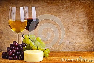 Vino, uvas y queso
