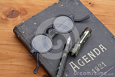 Vintage agenda, fountainpen and eyeglasses