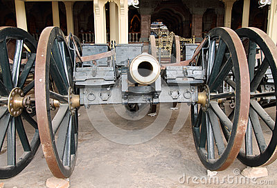 Vintage Canon carriage at Mysore palace