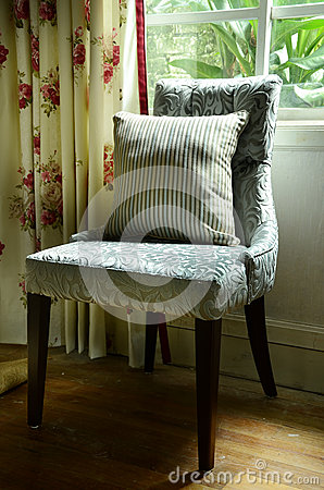 Vintage Chair With Pillow