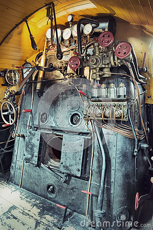 Free Vintage Engine Room Of A Steam Train Royalty Free Stock Photography - 28887037