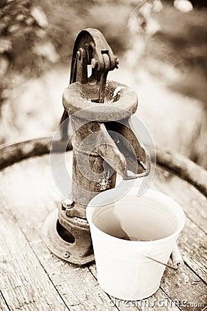 Vintage Hand Pump 13