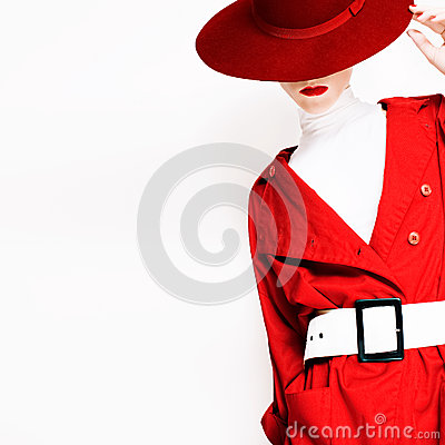 Free Vintage Lady Fashionable Style In A Red Cloak And Hat Stock Image - 48620471