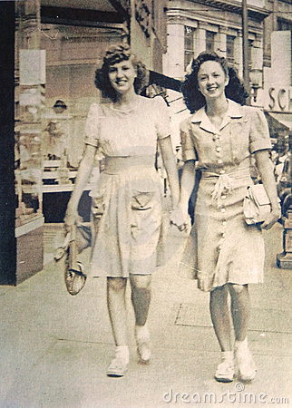 Vintage Photo/Two Young Women