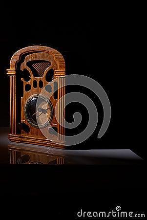 Free Vintage Radio Receiver Royalty Free Stock Photos - 14157198