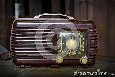 Vintage Radio s