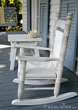 Free Vintage Rocking Chair Royalty Free Stock Photography - 5466487