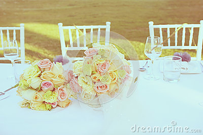 Vintage roses bouquet arrange for wedding