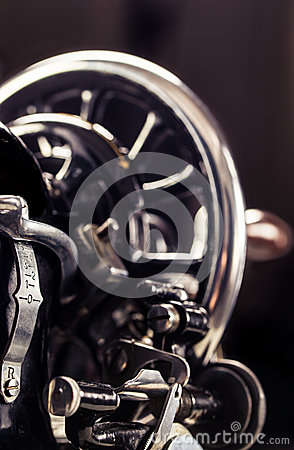 Free Vintage Sewing Machine Stock Photos - 41062353