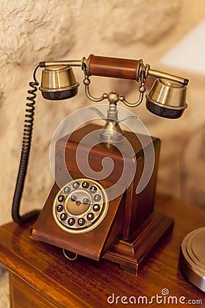 Free Vintage Telephone Royalty Free Stock Photo - 27206485
