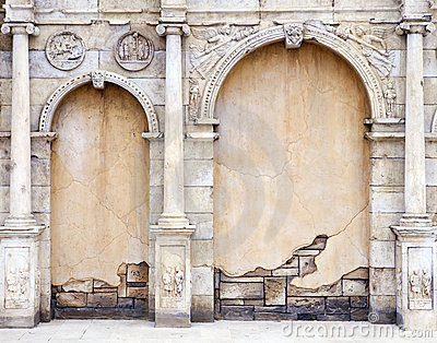 Vintage Wall in Roman Style