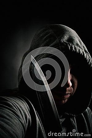 Violent knife wieldingn thug