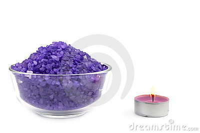 Violet bath salt wiih candle