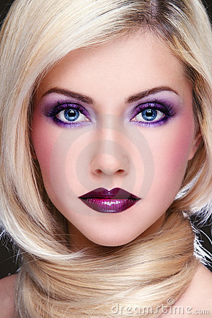 Free Violet Makeup Stock Photography - 17867292