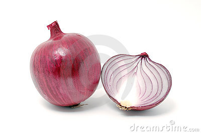 Violet onion cut in half
