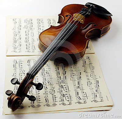 Free Violin Royalty Free Stock Photo - 12286415
