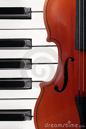 Free Violin And Piano Stock Photos - 17738653