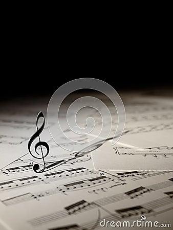 Free Violin Key Royalty Free Stock Photography - 21949947