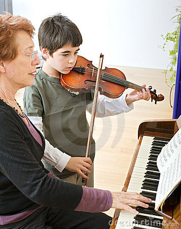 Free Violin Lesson Royalty Free Stock Images - 7577159
