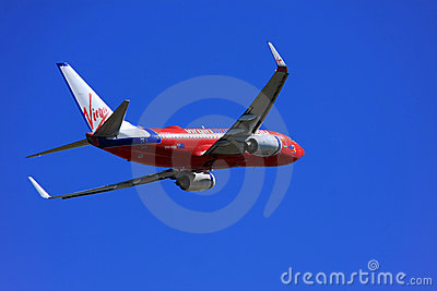 Virgin Blue Boeing 737 taking off. Editorial Stock Image