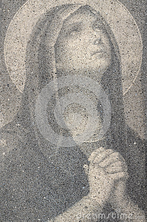 Free Virgin Mary Praying Royalty Free Stock Photo - 28306455