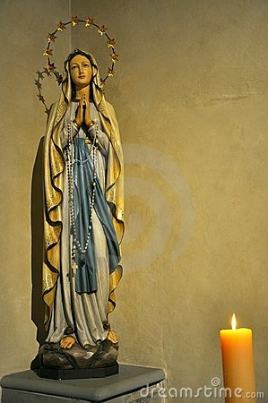Free Virgin Mary Statue Royalty Free Stock Image - 15906466