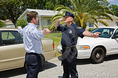 Visar tjänstemanpolis