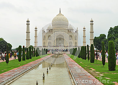 Visitors at Taj mahal Editorial Photo