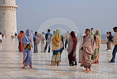 Visitors at Taj Mahal Editorial Stock Image