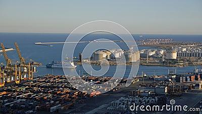Vista aérea do porto de Barcelona filme