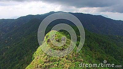 Vista del fuco della montagna in Tailandia stock footage