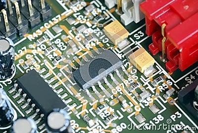 Vista del primo piano del circuito del calcolatore