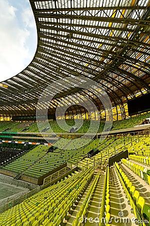 Vista dello stadio dell arena di PGE Fotografia Editoriale